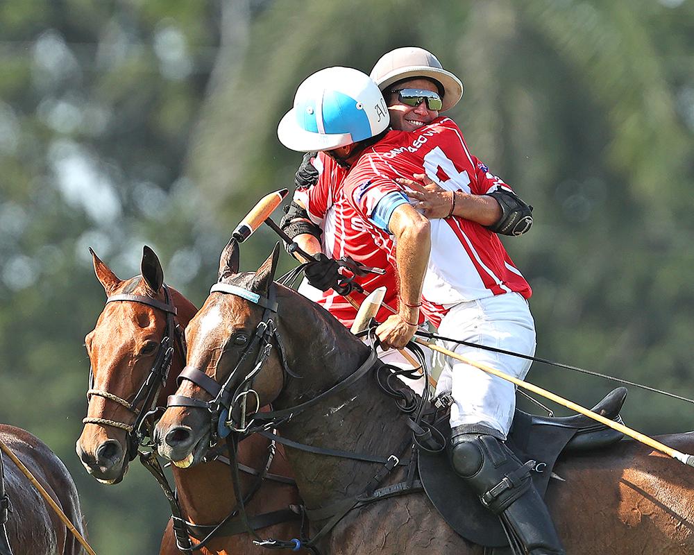 Adolfo Cambiaso ganó la USPA Gold Cup junto a su hijo Poroto